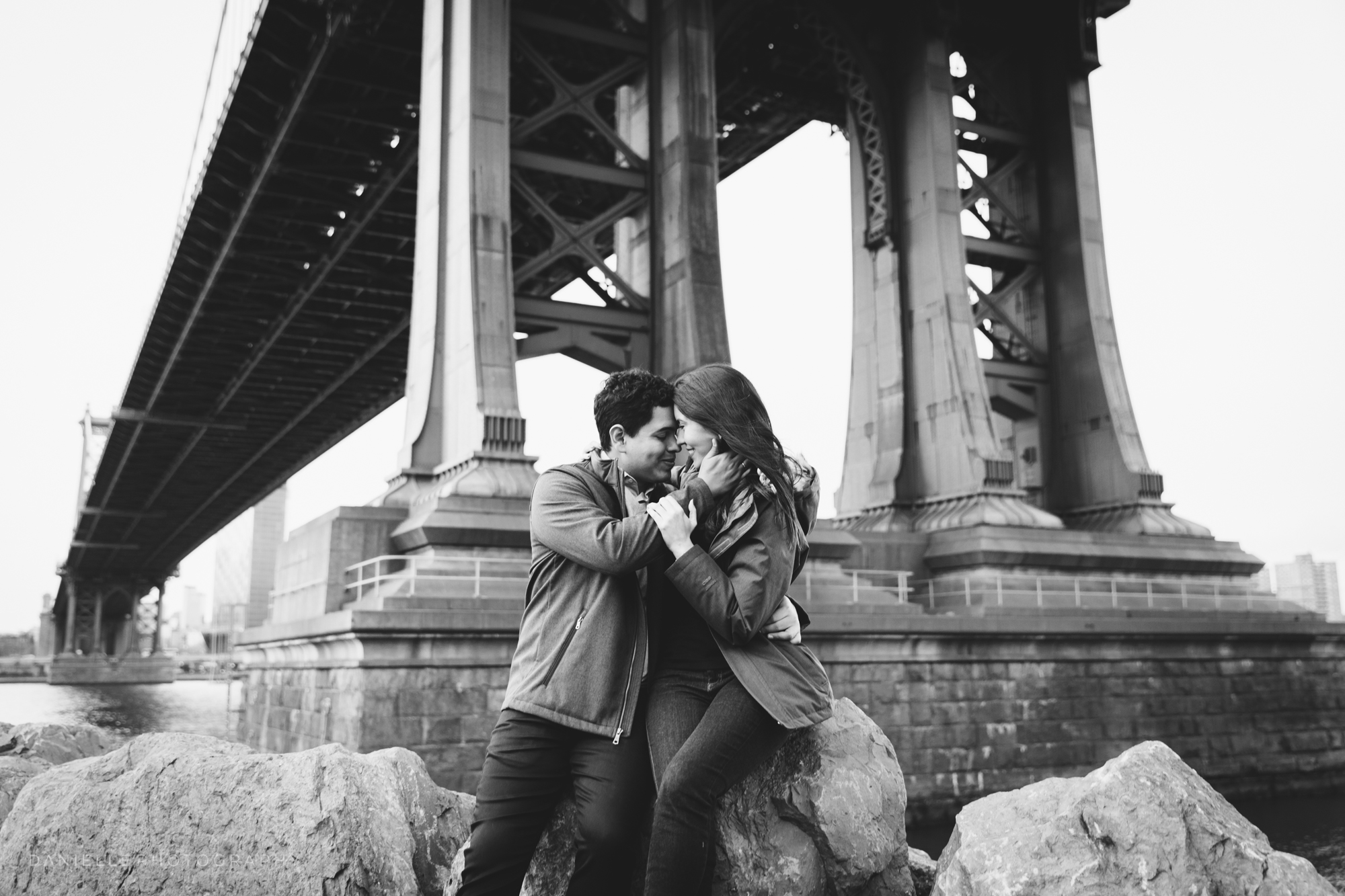 @DaniellePhotographySA_New_York_Engagement_DUMBO-99.jpg