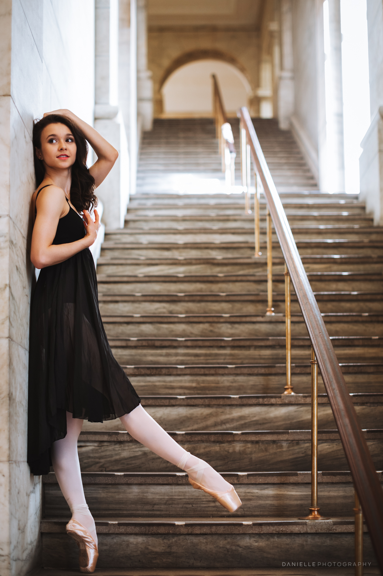 @DaniellePhotographySA_Ballerina_Photoshoot_NYPL-23-13.jpg