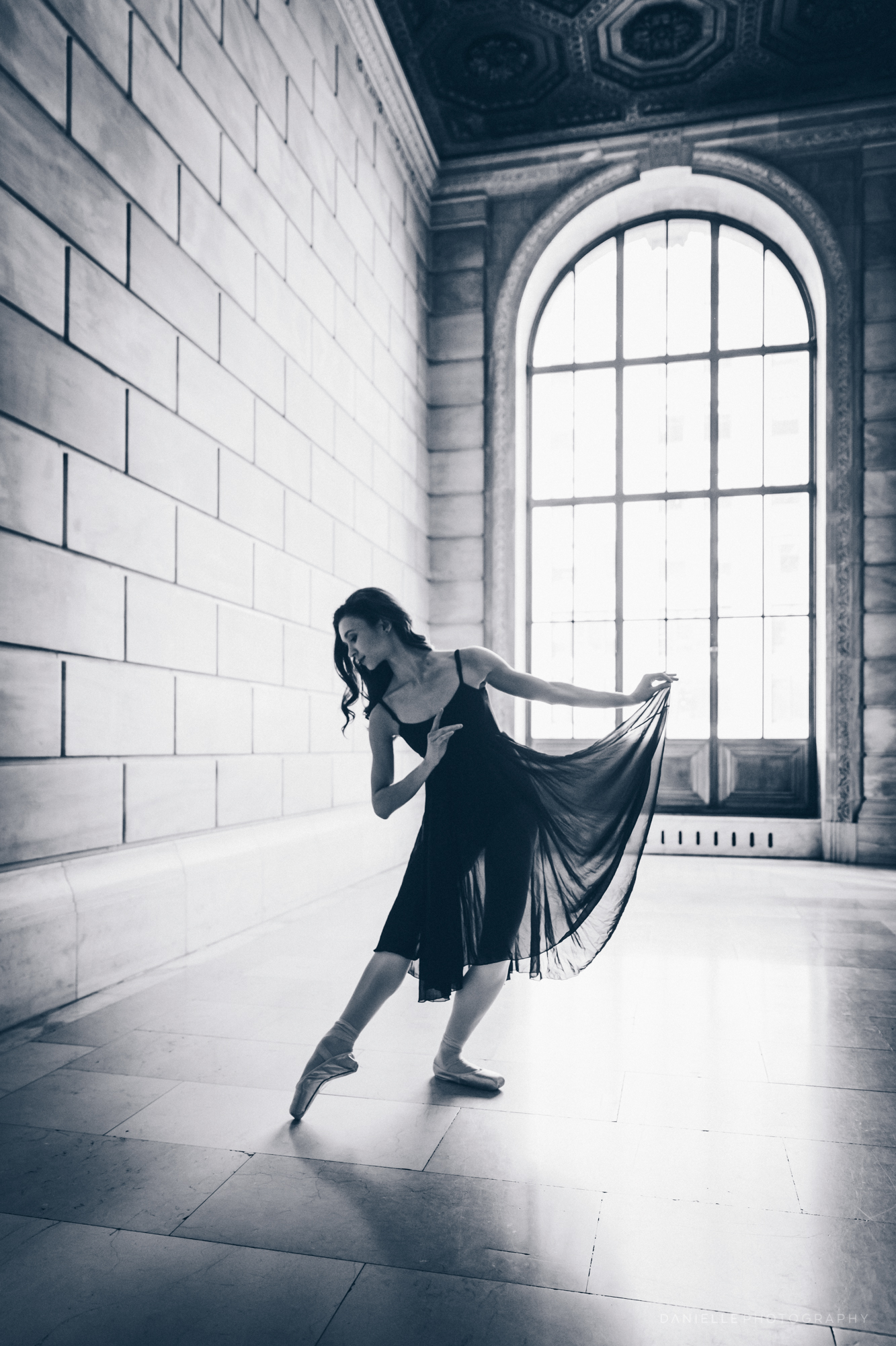 @DaniellePhotographySA_Ballerina_Photoshoot_NYPL-23-23.jpg