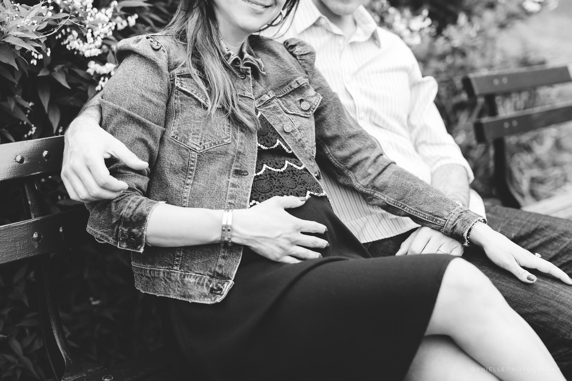 @DaniellePhotographySA_Maternity_Photos_New_York_Central_Park-21.jpg