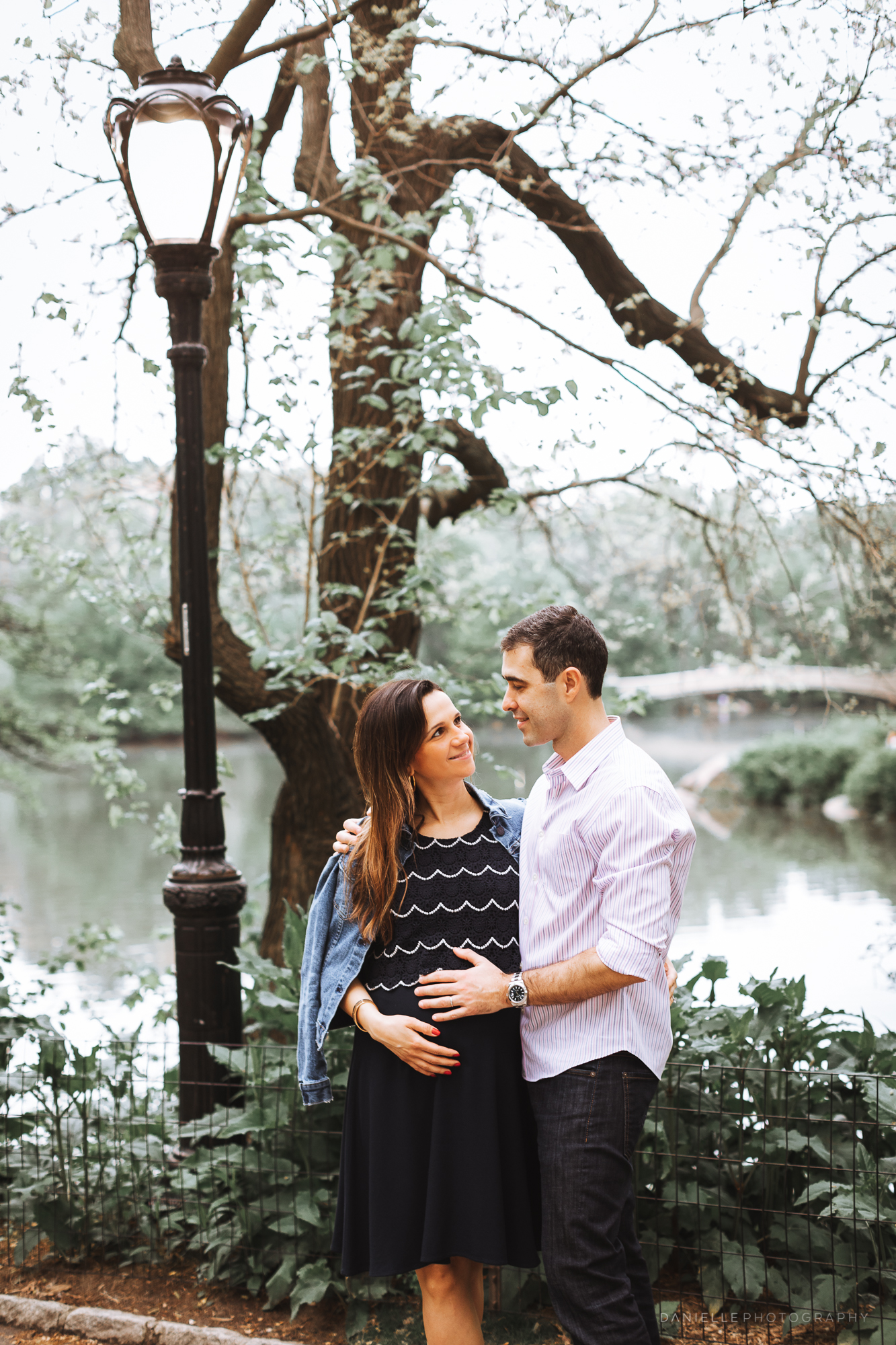 @DaniellePhotographySA_Maternity_Photos_New_York_Central_Park-79.jpg