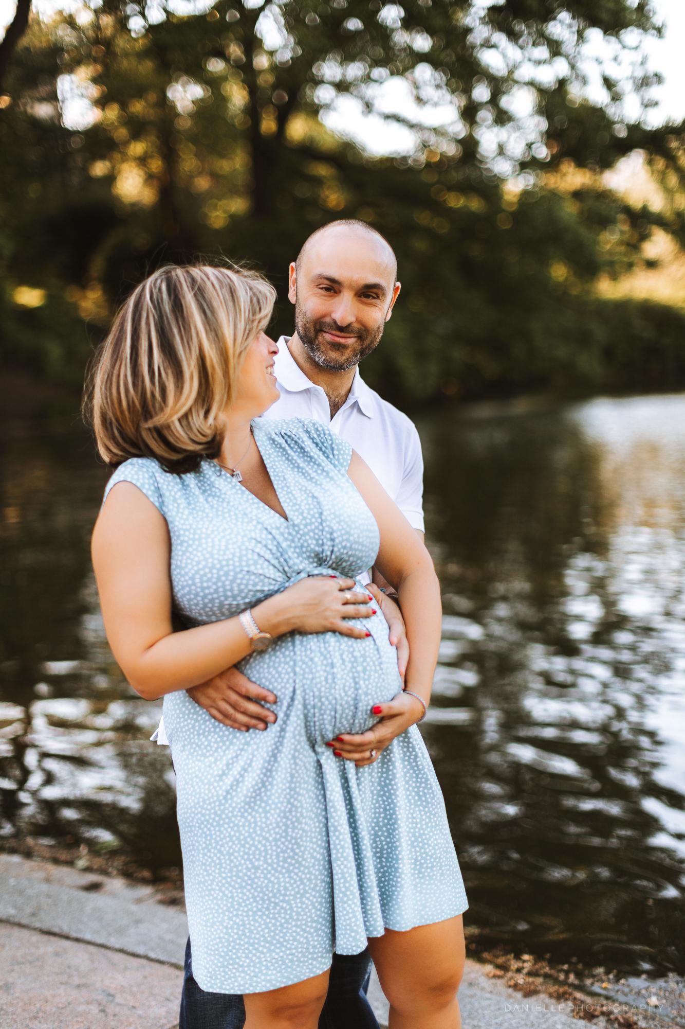 @DaniellePhotographySA_Maternity_New_York_Photos_Central_Park-4.jpg