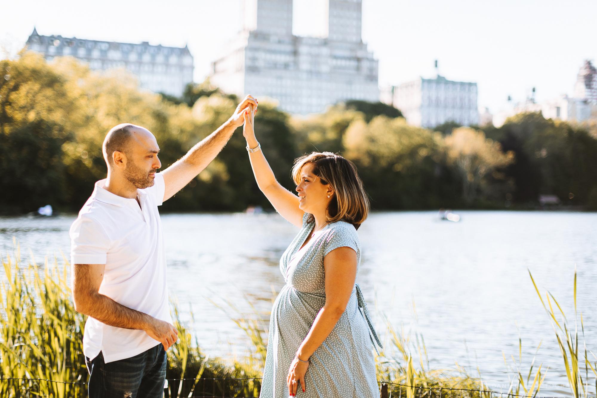 @DaniellePhotographySA_Maternity_New_York_Photos_Central_Park-53.jpg