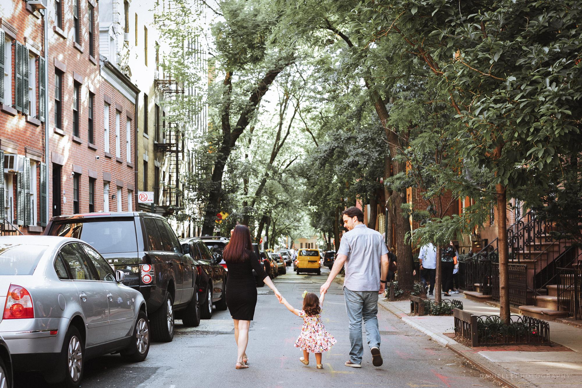 @DaniellePhotographySA_Family_New_York_Maternity_Photos-69.jpg