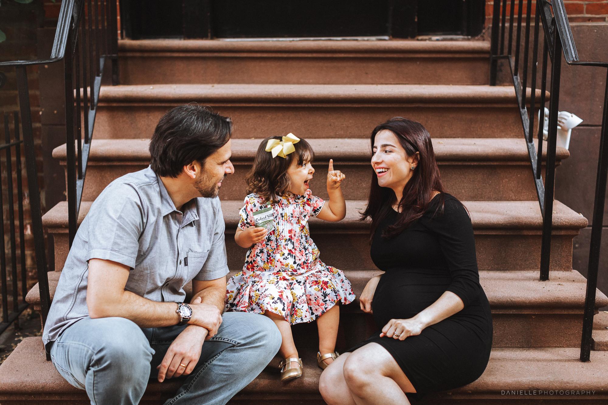 @DaniellePhotographySA_Family_New_York_Maternity_Photos-109.jpg