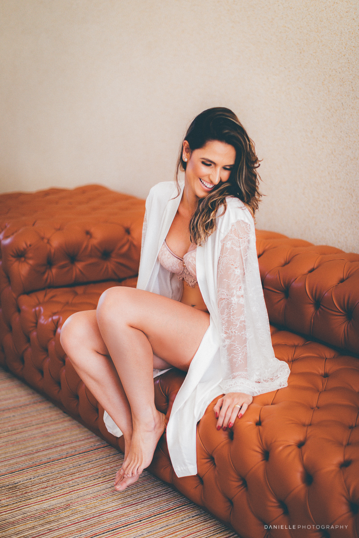 @DaniellePhotographySA_Portrait_Sensual-31.jpg