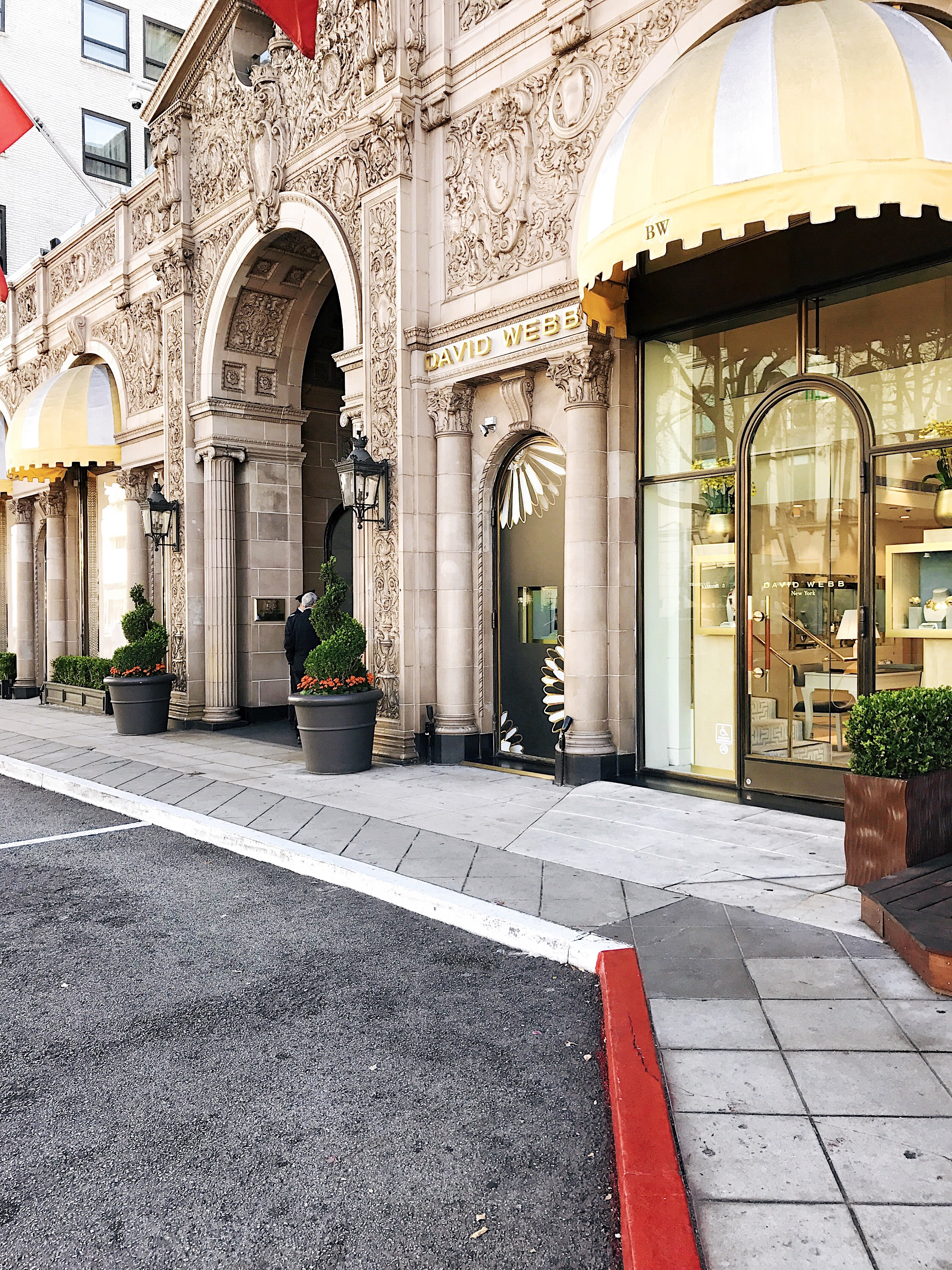 The Beverly Wilshire's entrance