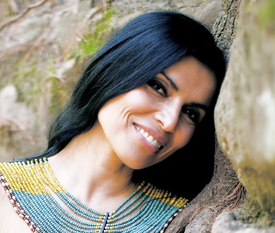 Gloria Araya