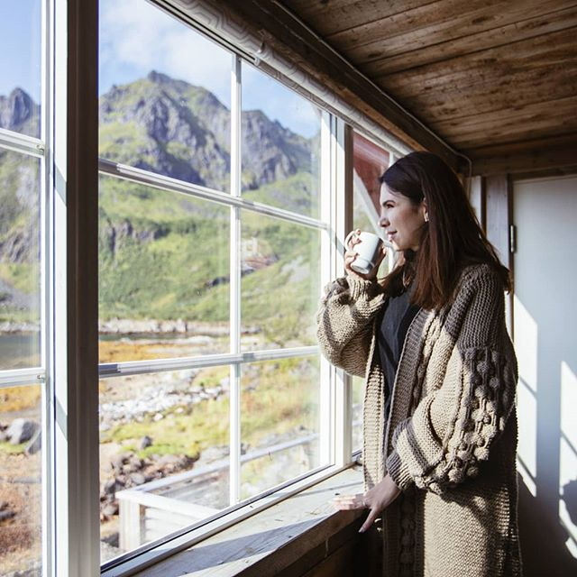 Coffee with a view in northern Norway, wearing my dearest woolen sweater, hand-knitted by my best friend @ficaa_balancan 's mom especially for me ❤️ (she takes limited custom orders, too). . . . #hygge #slowliving #embracingslowerlife #theartofslowliving #hyggehome #lagom