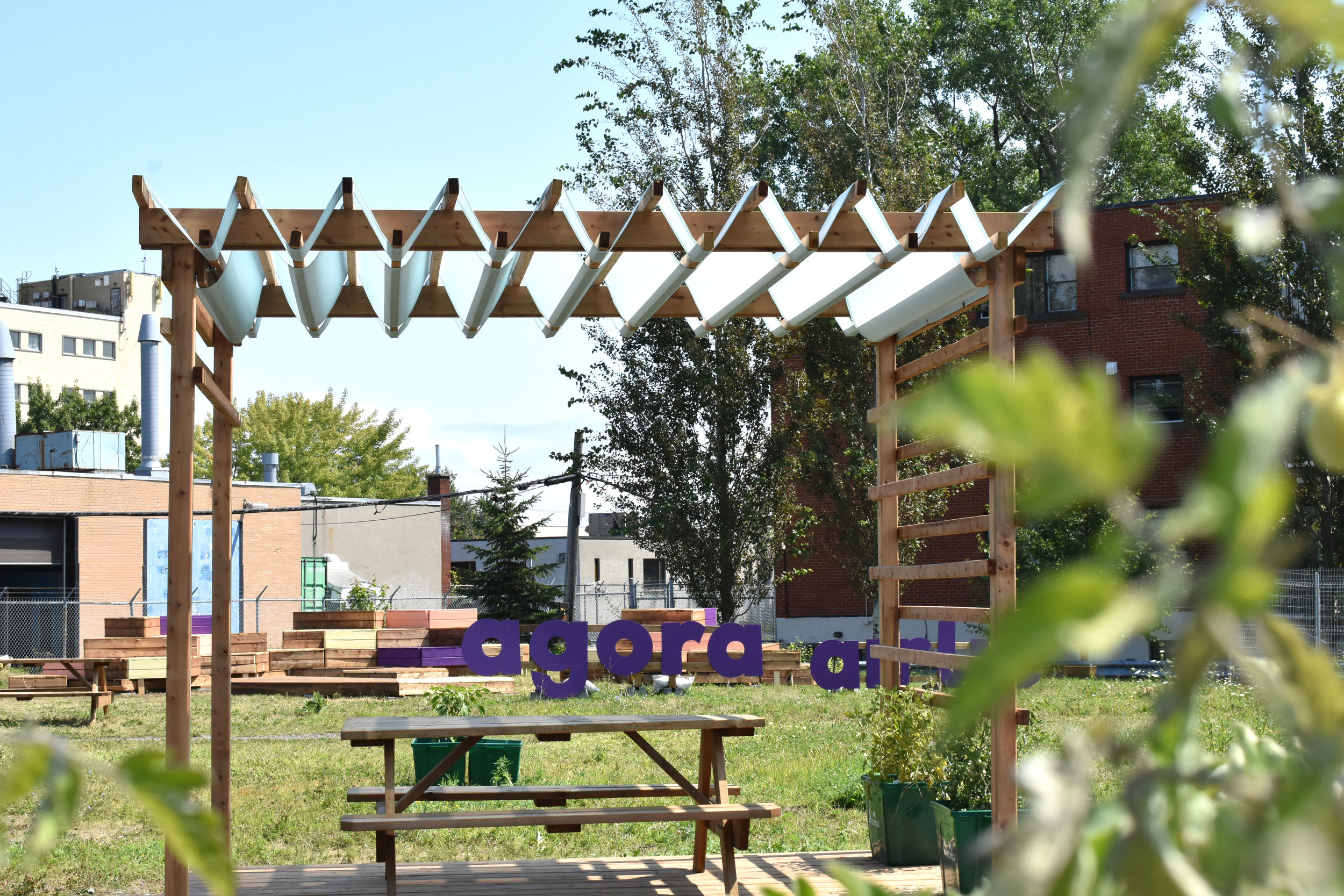 Conception and production of Agora Airlie's pergola -