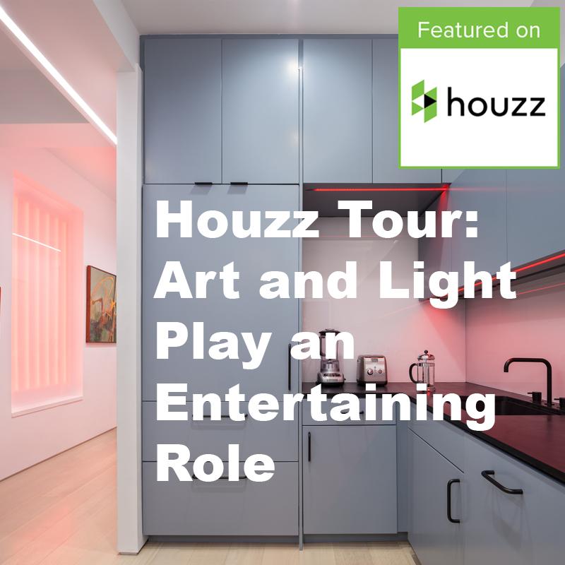 Houzz Tour: Art and Light Plan an Entertaining Role
