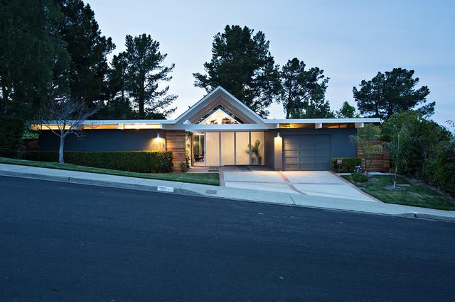 Midcentury exterior design Klopf Architecture