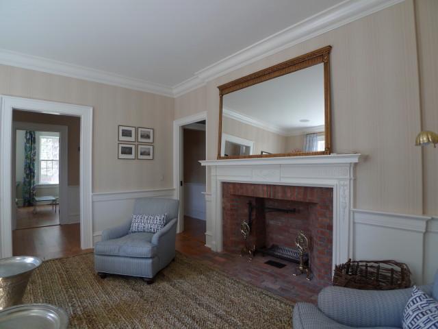1776 Living Room.JPG