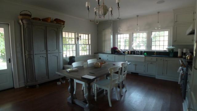 1776 Kitchen.JPG