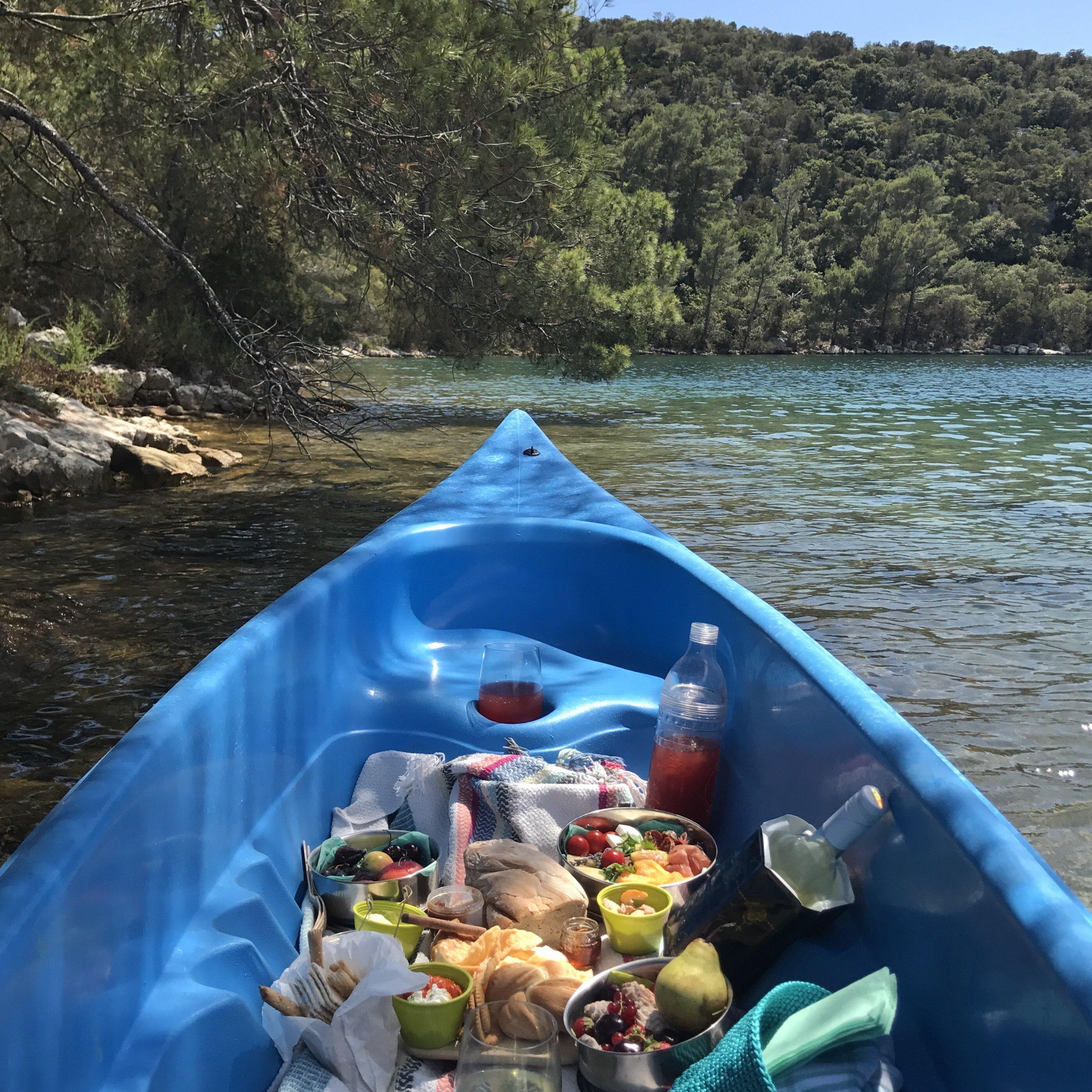 canoe piknik.jpg