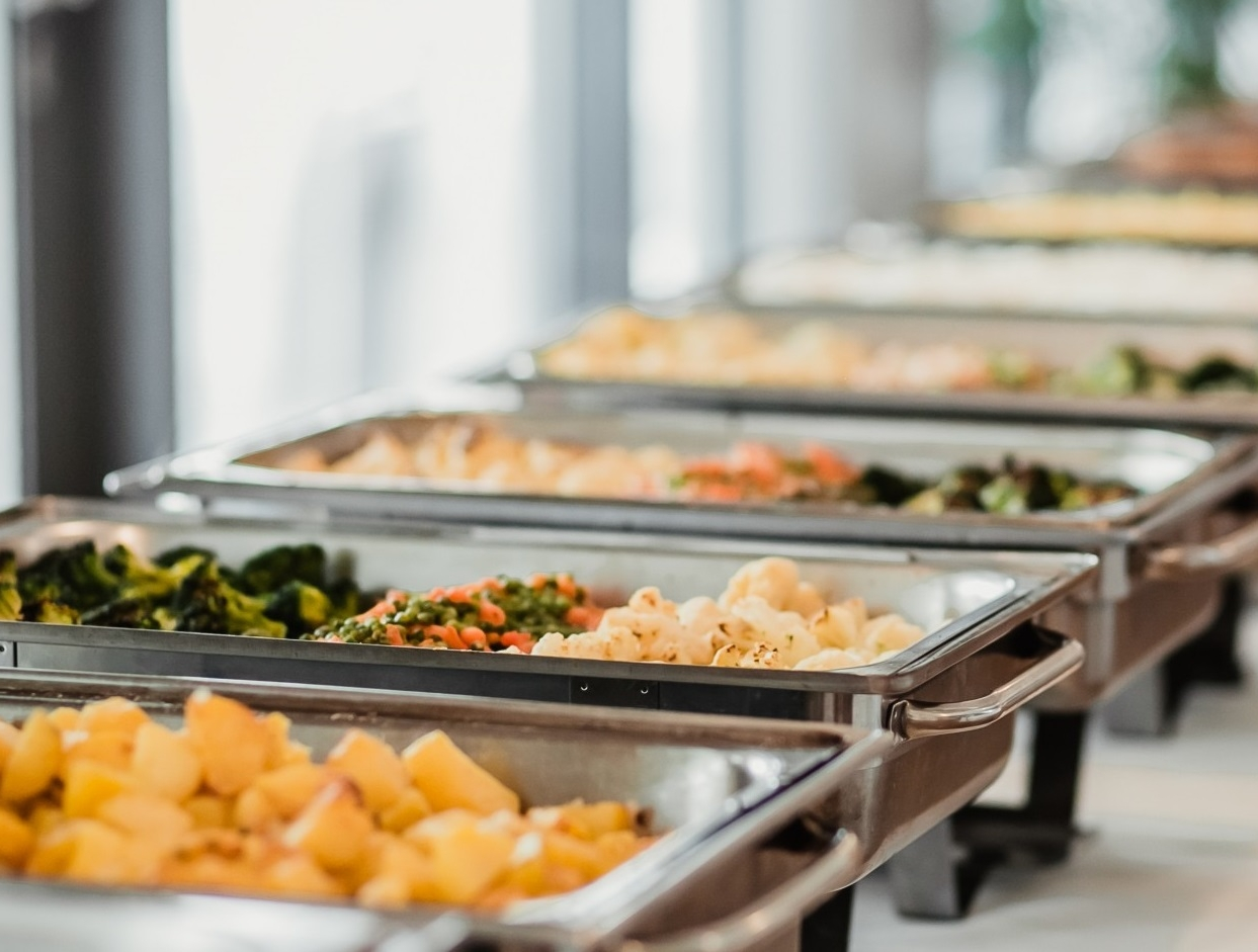 CATERING - Dla Ciebie możemy przygotować indywidualną ofertę cateringową.