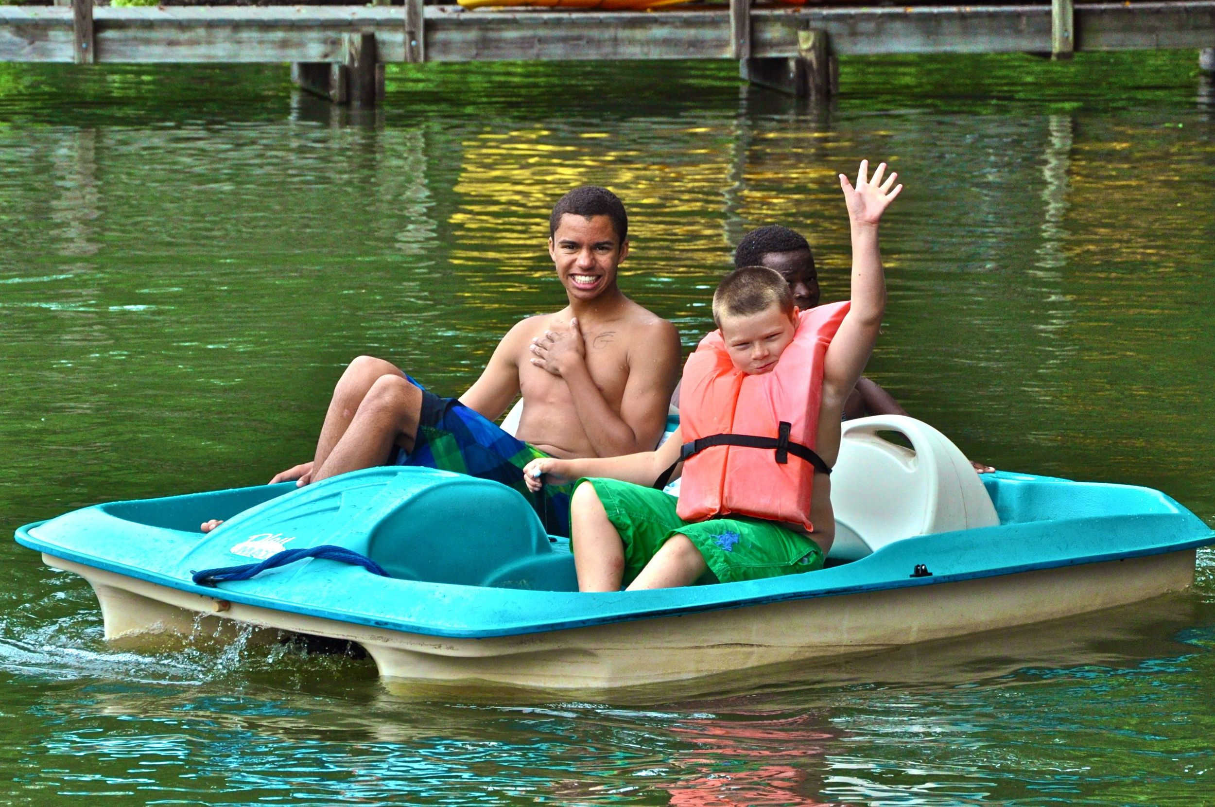 greg-tommy-and-jazel-enjoy-a-nice-boat-ride-on-lake-james.jpg