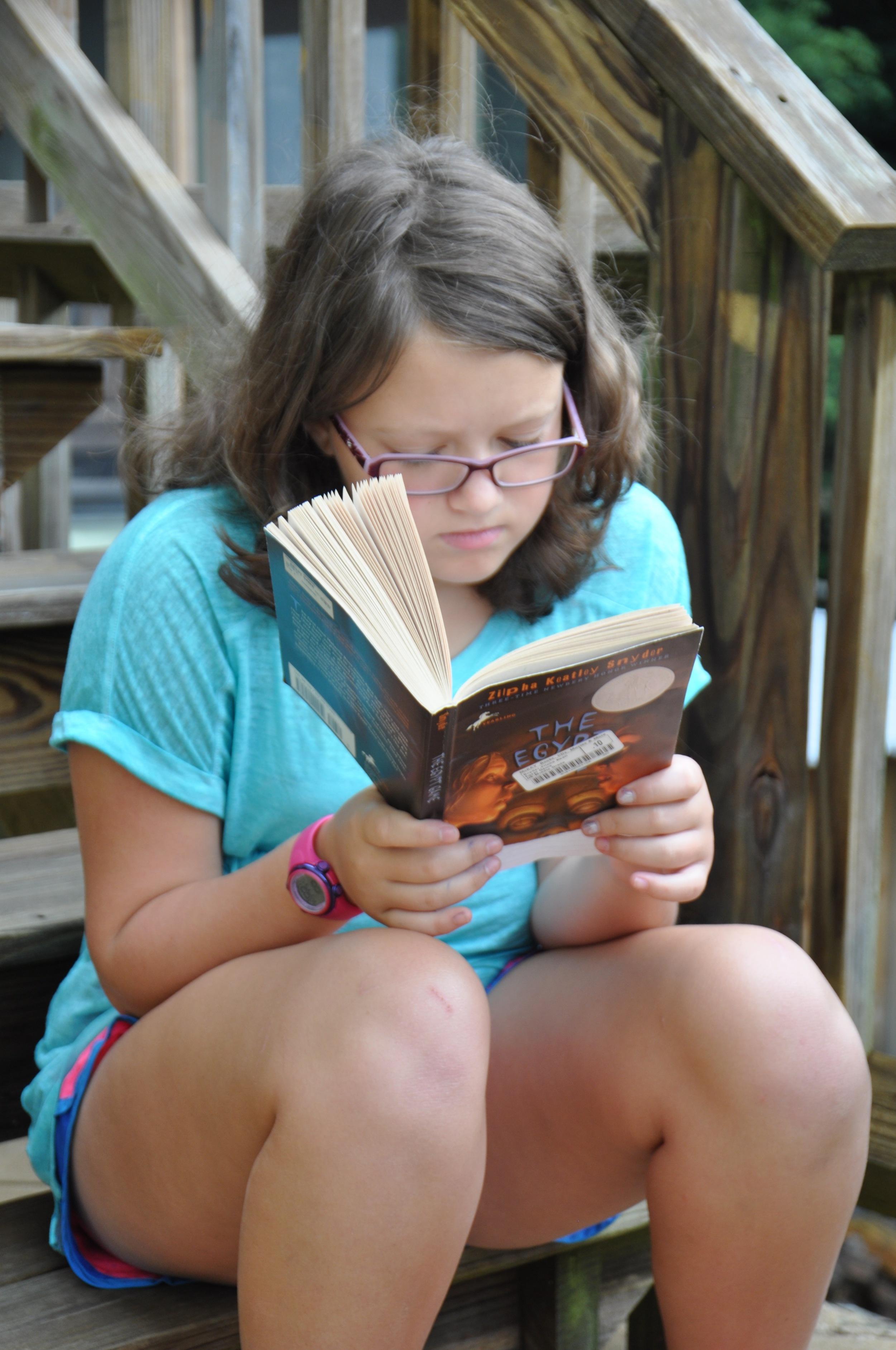 just-keep-reading-just-keep-reading-reading-reading.jpg