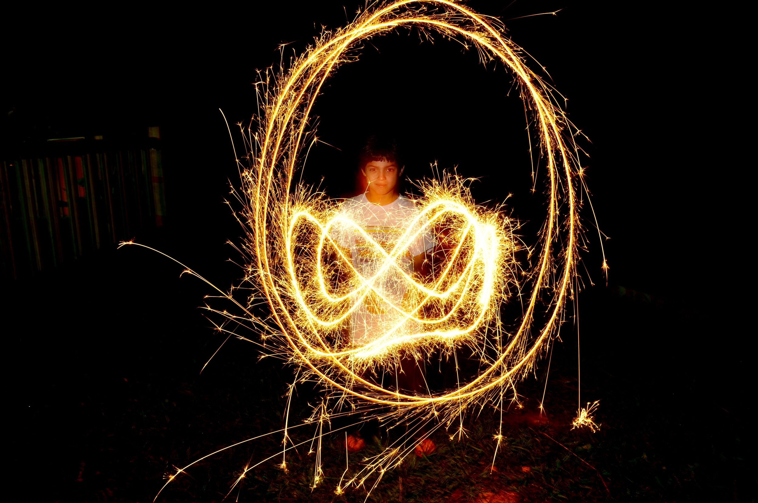the-campers-learned-about-exposure-and-shutter-speed-at-the-camp-fire-on-saturday-night-and-make-pictures-with-sparklers.jpg