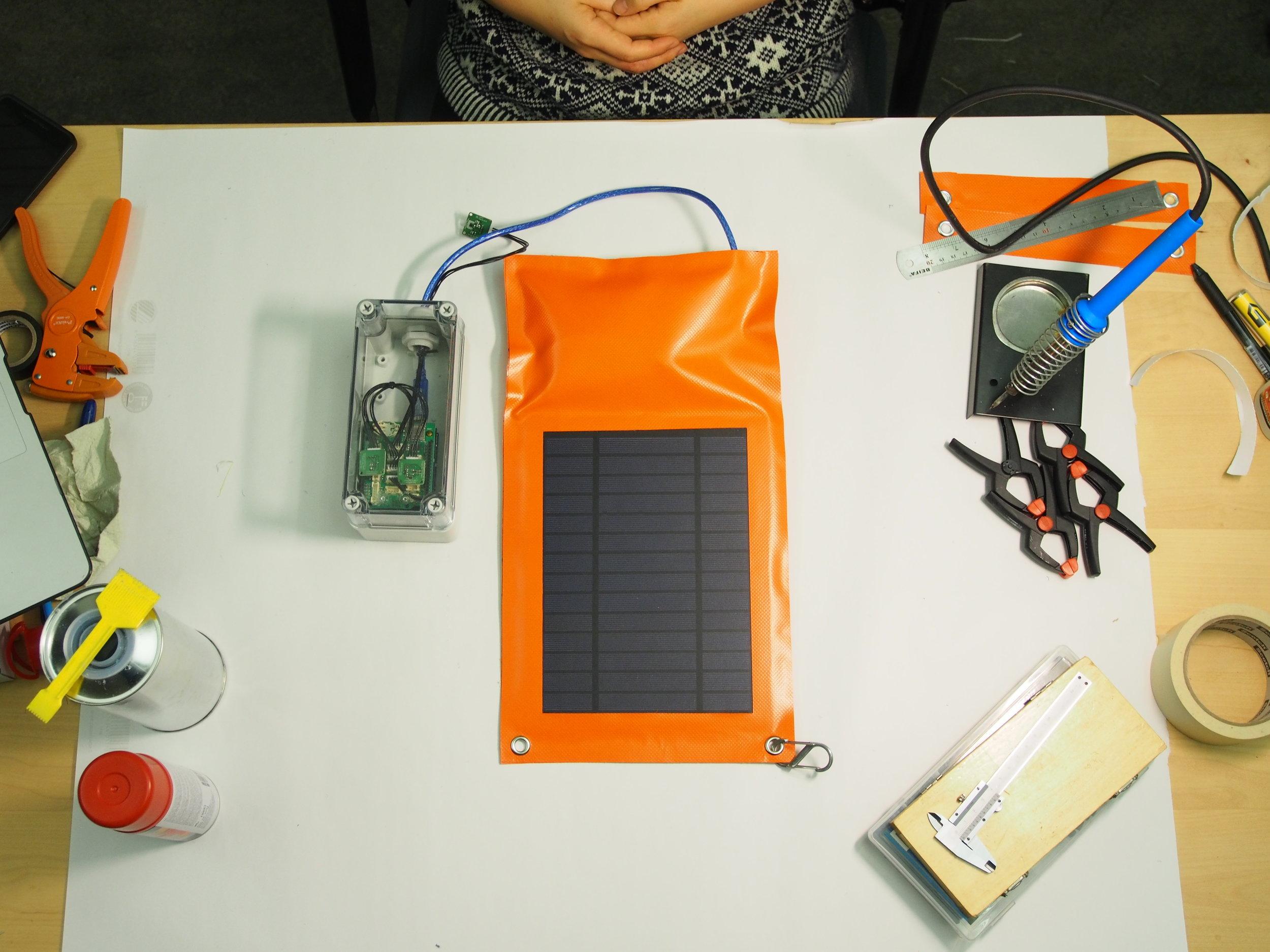 HIDE_making-SolarCharger_003.JPG