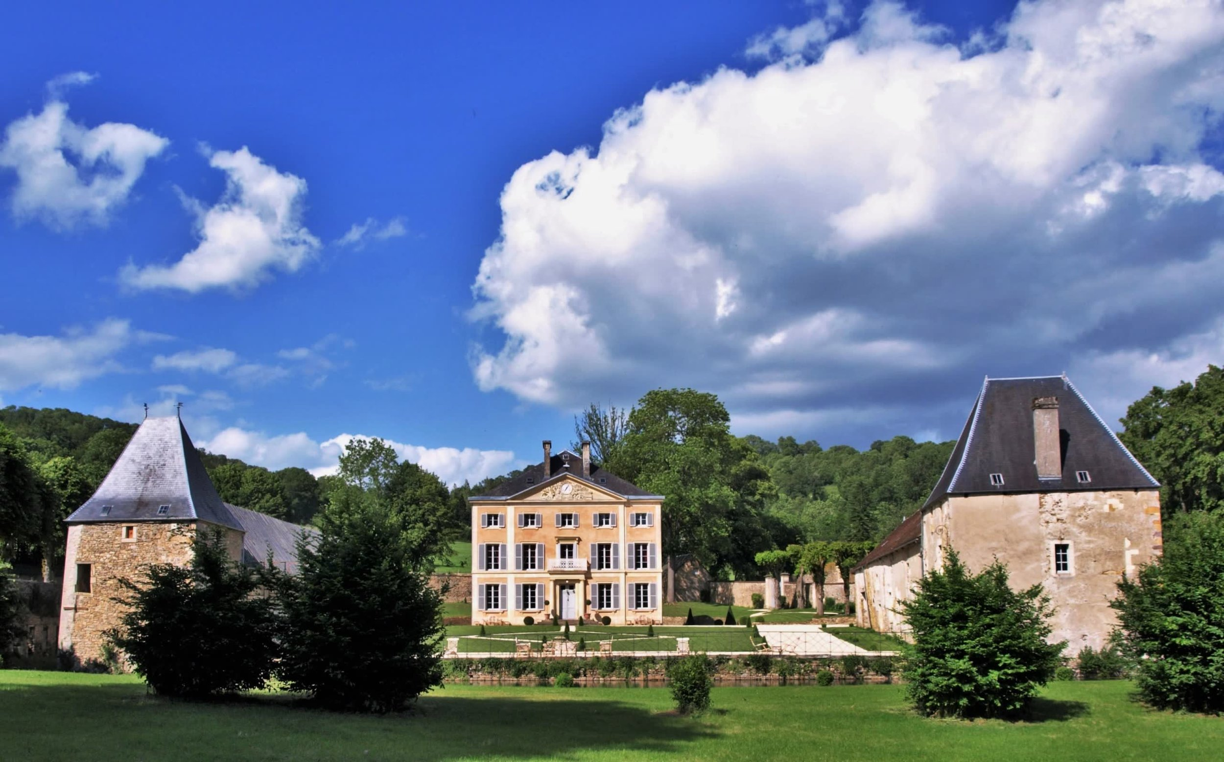 Chateau de la Pommeraye - charming boutique hotel chateau b&b spa normandy calvados 3(2).jpg