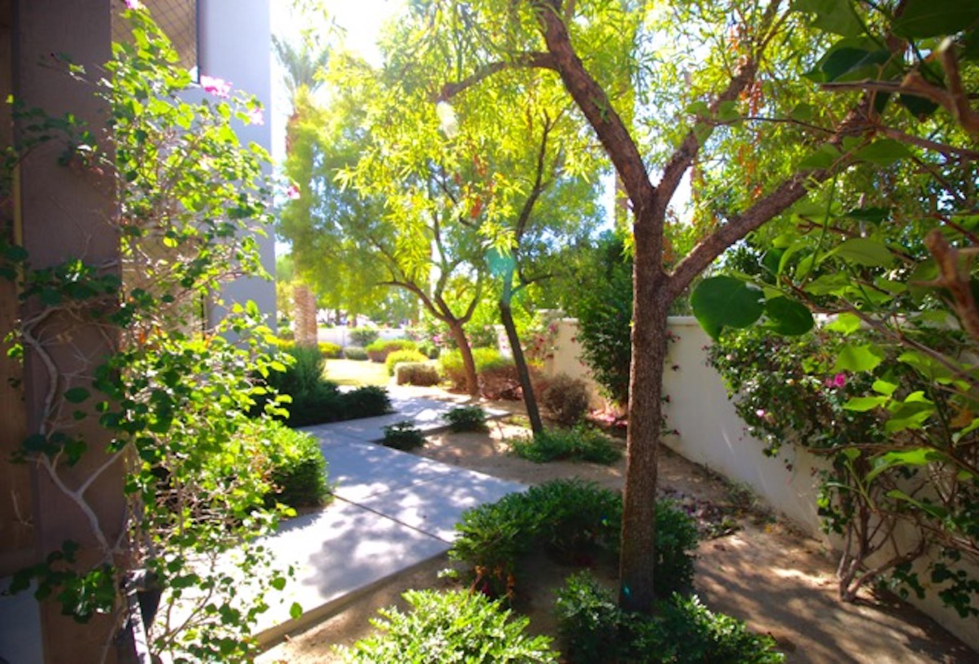 Private Garden Hideaway Condo (2BR/2BA)