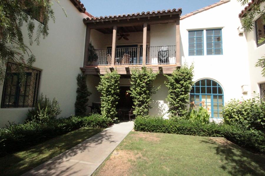 2br/2ba Ground-floor villa (La Quinta, CA)