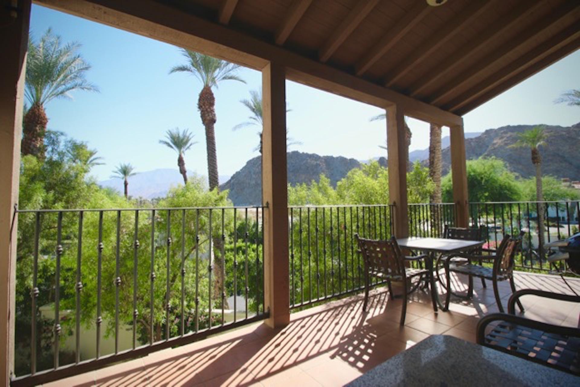 3br/3ba upper-level villa (La Quinta, CA)