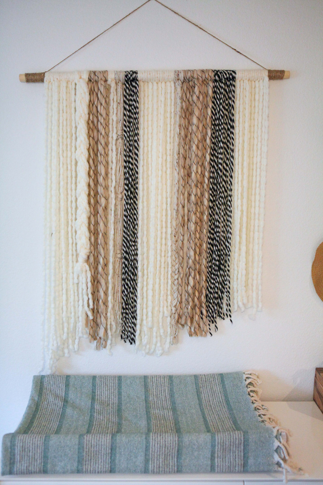 2-boho-yarn-wall-art.jpg