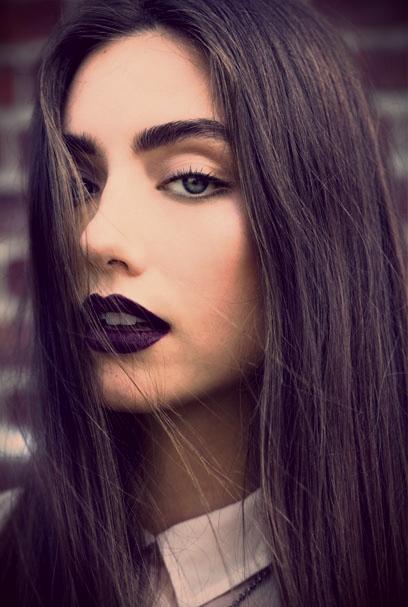 Chelsea-Crockett-bold-lip.jpg
