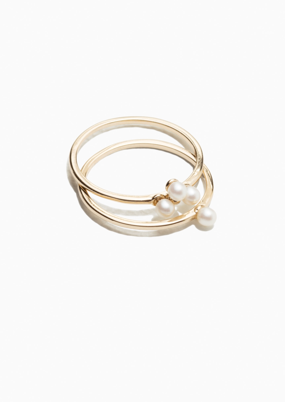 PEARLESCENT STONE RING