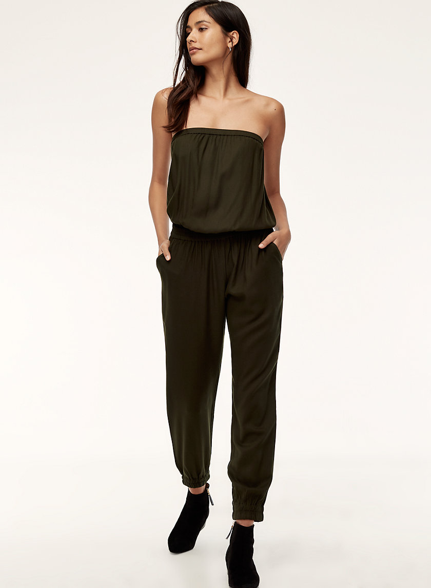 Jumpsuits - With spring teasing us to no end, I have decided to still live in denial and buy spring clothes anyway. I picked up this sweet jumpsuit from Aritzia and am happy with its ease of wear.