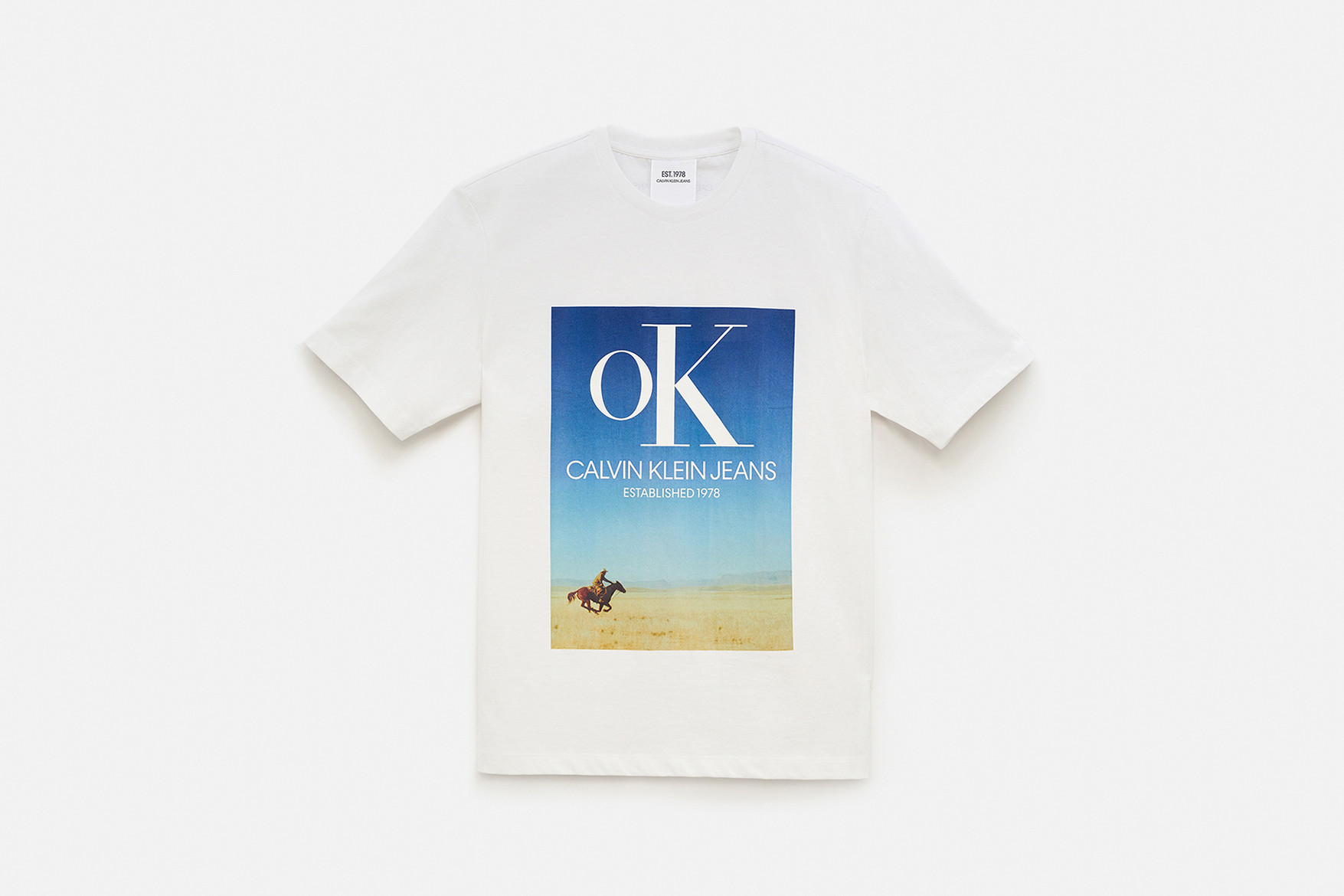 https_%2F%2Fhypebeast.com%2Fimage%2F2018%2F07%2Fcalvin-klein-jeans-Est-1978-delivery-1-14.jpg