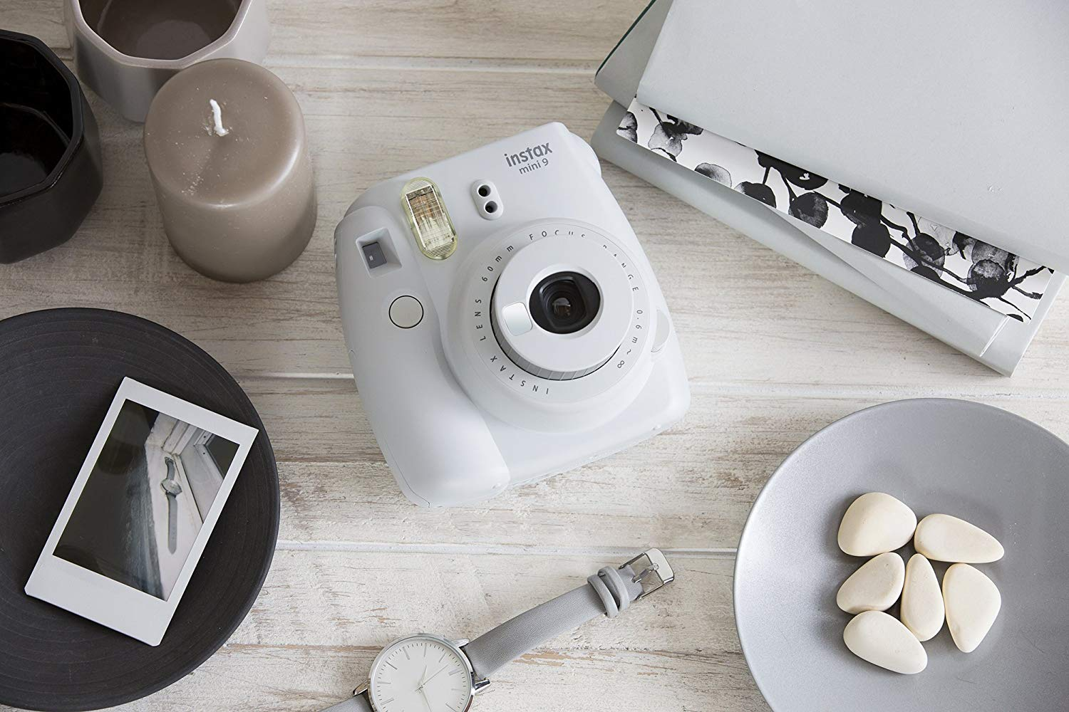 Polaroid Camera - Okay, a little bit of an investment, but if you want something that you and your SO can use together, I think a Polaroid camera would be a great idea. In the age of social media, photo-editing and face-tuning, it can be really difficult to get the instant gratification that a printed photograph brings. Polaroid photos are instantly printed memories with no filters or enhancements necessary, just life captured in its raw state. Purchasing a Polaroid camera is also an incentive to go out and make more memories with the person you love! Check out MODA's article on polaroids to help you find your perfect fit.Image via amazon.com