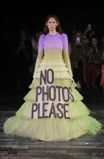 viktor-rolf-couture-spring-2019-paris-fashion-week-pfw-001-1.jpg