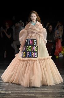 viktor-rolf-couture-spring-2019-paris-fashion-week-pfw-004-1.jpg