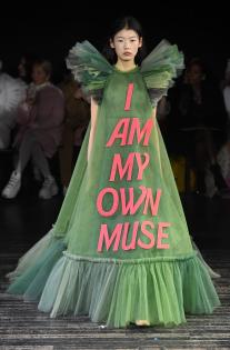 viktor-rolf-couture-spring-2019-paris-fashion-week-pfw-011.jpg