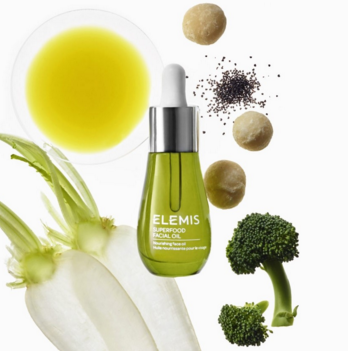Elemis Superfood Facial Oil - In the winter my normal moisturizer just doesn't cut it. I need something that will not immediately disappear when I walk outside. This facial oil is not only light-weight but smells oh-so-amazing. I truly feel like a hippie goddess.