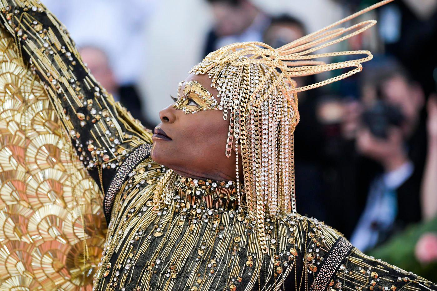 Pose on FX star Billy Porter wore an Egyptian-inspired body suit designed by the Blonds, and he was carried into the gala via Sedan Chair by six chairmen.  Image  via
