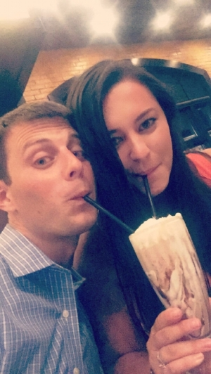 This S'mores Milkshake was INSANE. Enjoyed it with my husband on our 4th Anniversary!