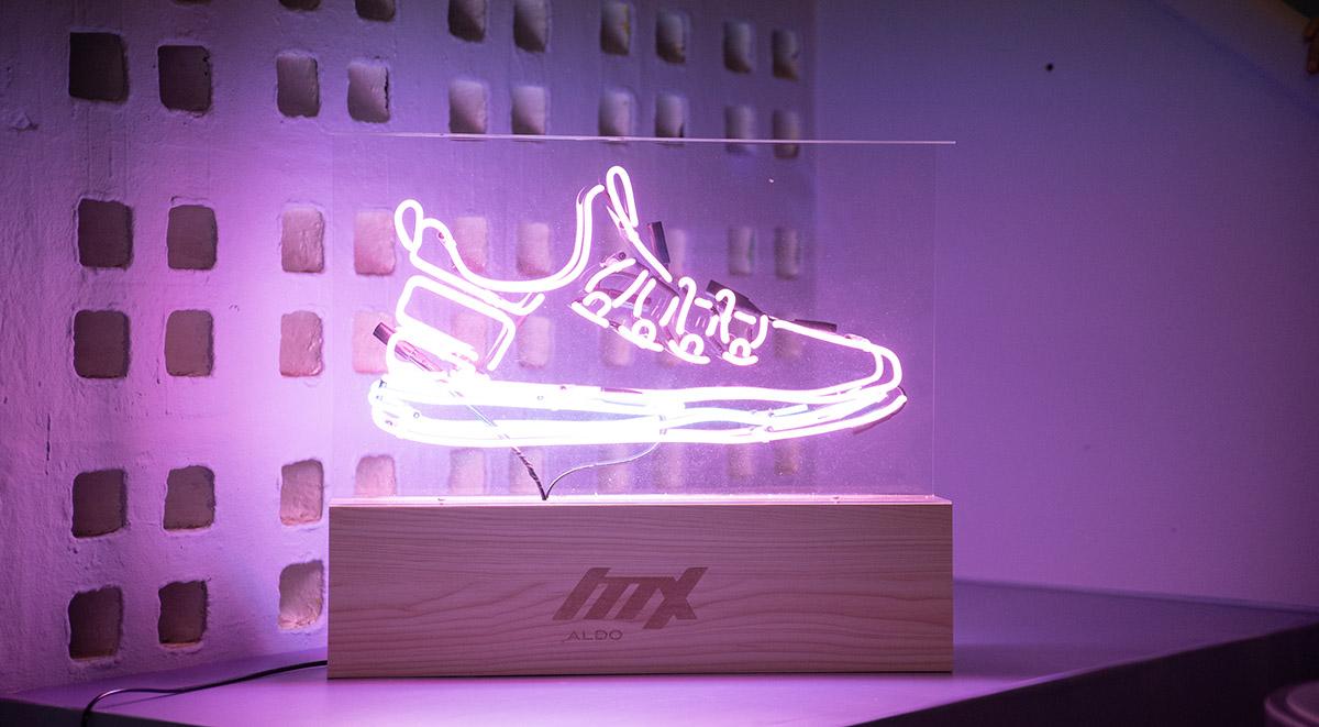 aldo-mx3-laser-display.jpg
