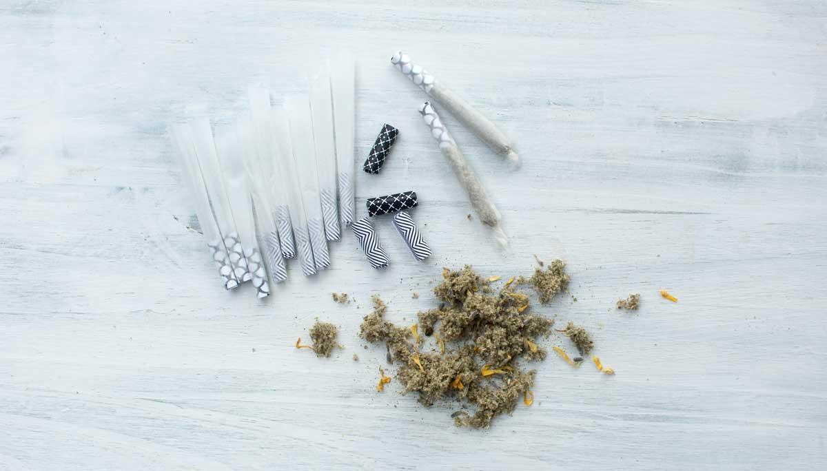 cannabis-cbd-herbal-blend-joints-make-take-columbia-missouri-hempsley
