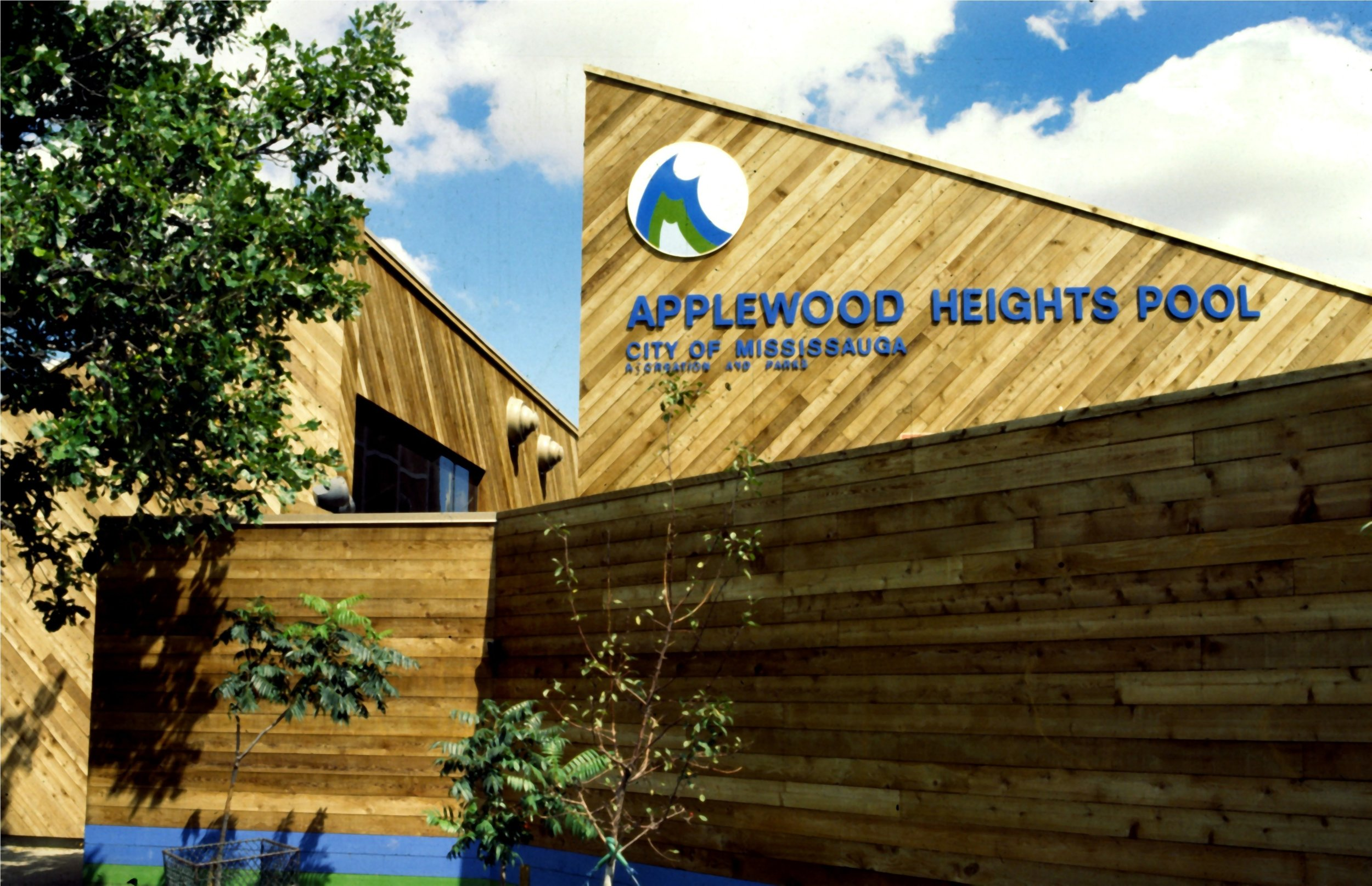 Applewood Pool-2.JPG