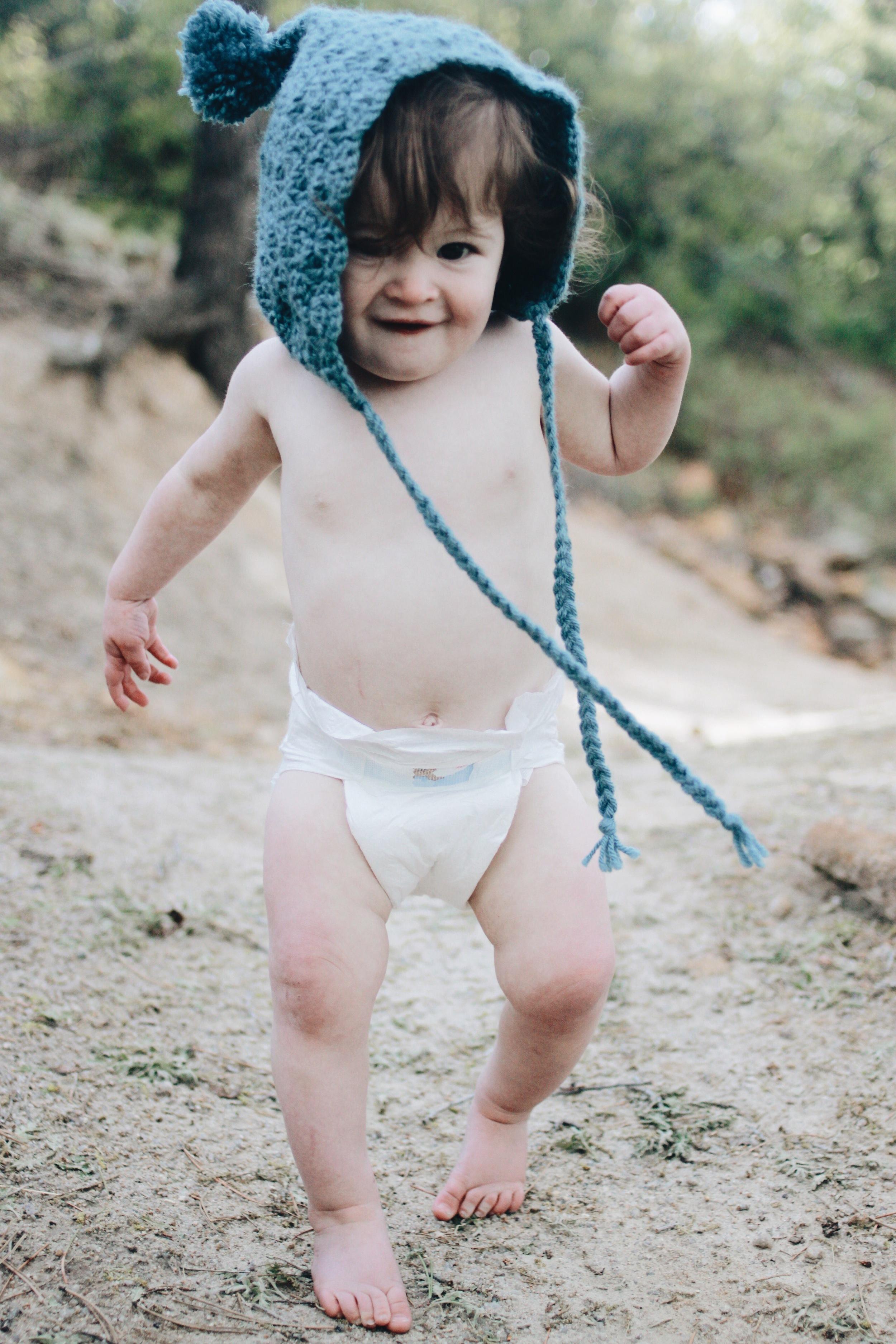 Bonnet -  Darling Little Knits