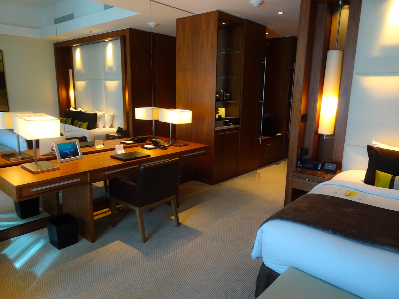 Work Area - JW Marriott Marquis Dubai  Photo: Calvin Wood