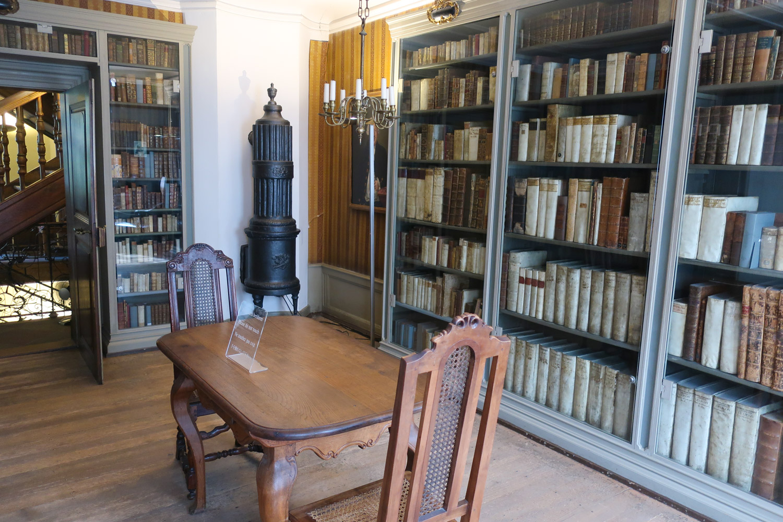 Library - Goethe House - Frankfurt  Photo: Calvin Wood