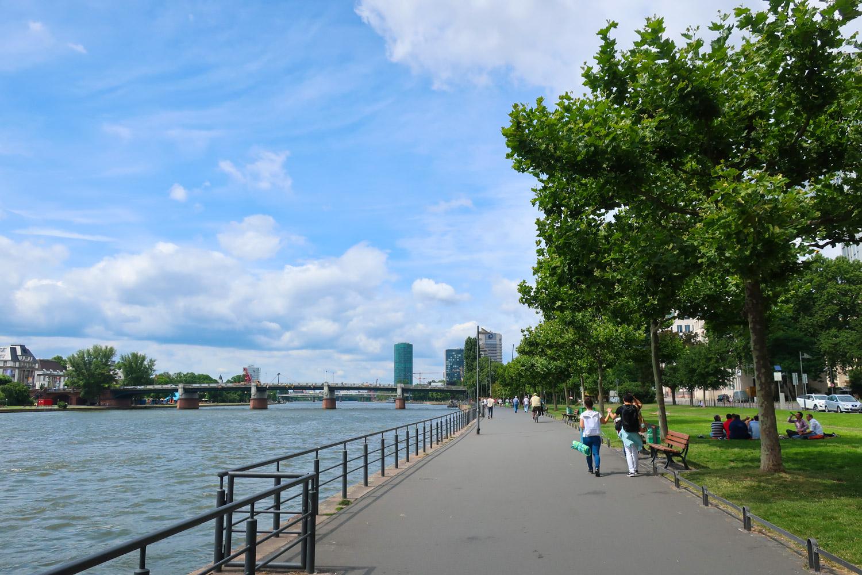 Walking Along the Main River - Frankfurt  Photo: Calvin Wood