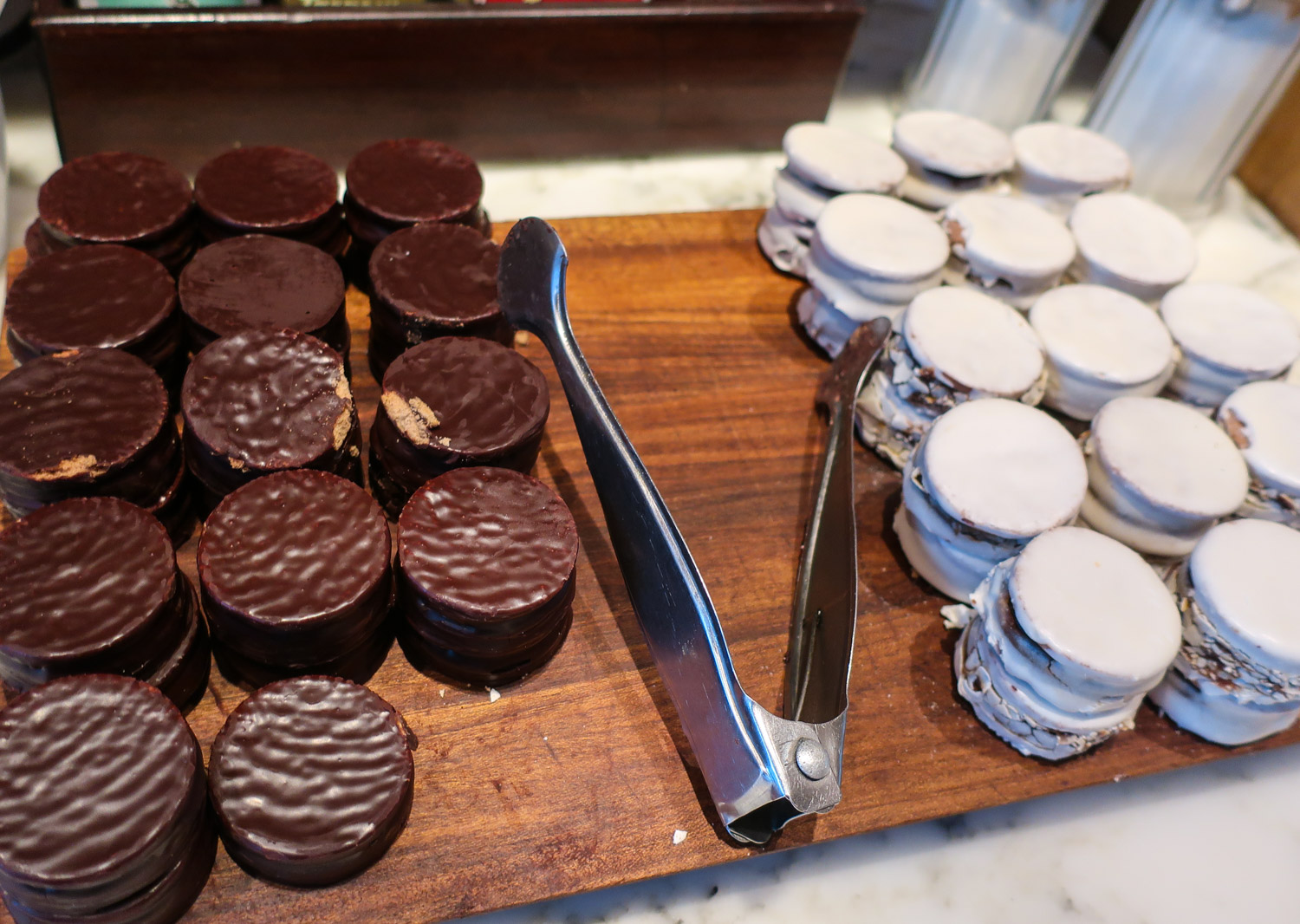 Alfajores - Star Alliance Lounge Buenos Aires    Photo: Calvin Wood