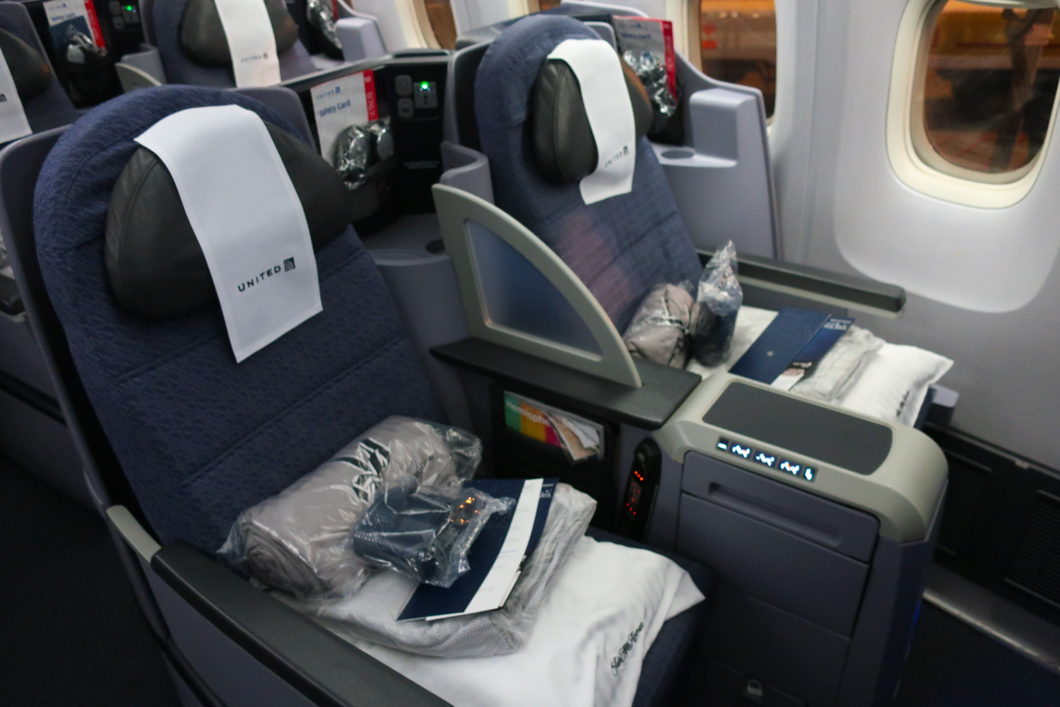 United Airlines Polaris Business Class - Boeing 767-400