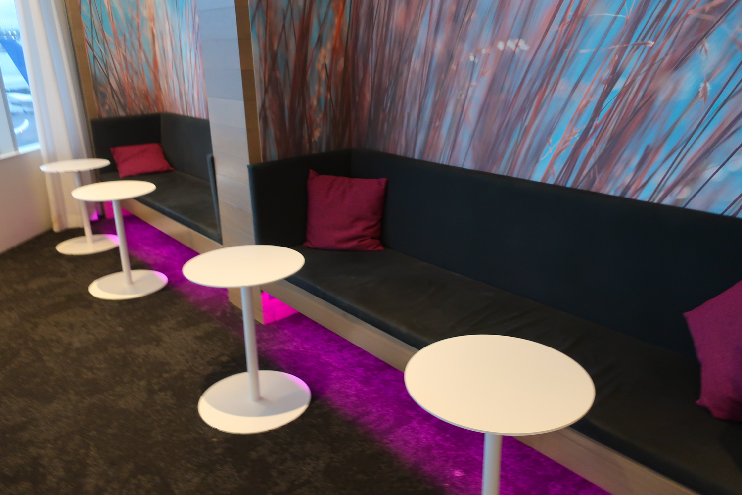 Cubby Hole Seating - Air New Zealand Lounge Sydney  Photo: Calvin Wood